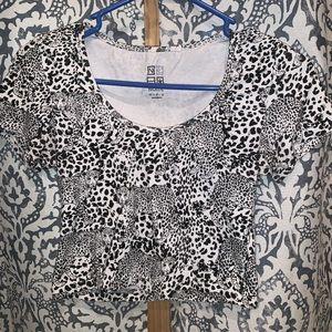 Black and White Cheetah Print Crop Top